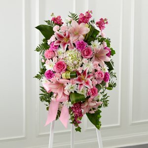 Pinks & Whites Easel